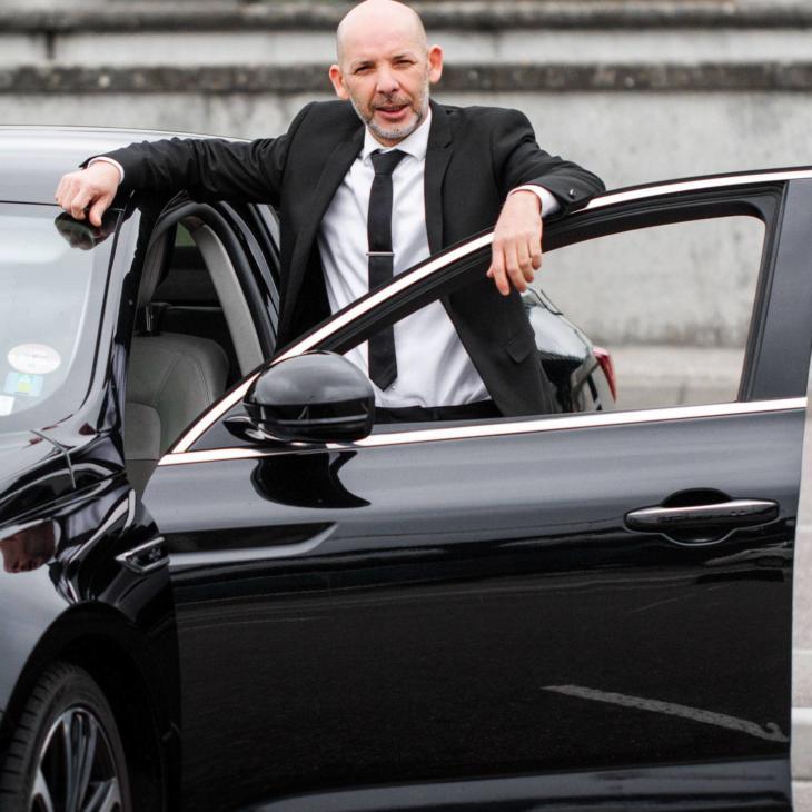 Ameur chauffeur à Lyon